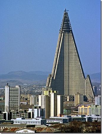 ryugyong-hotel-lg